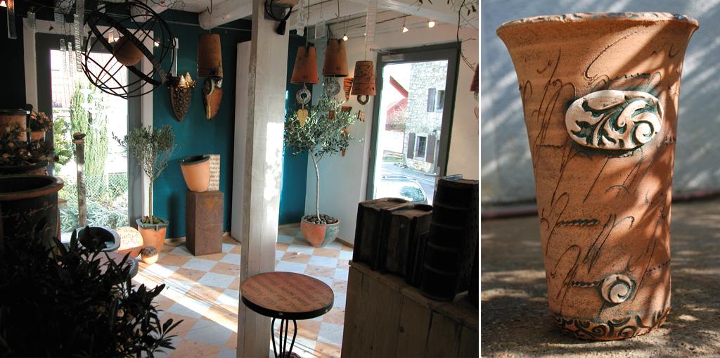 Werkstatt und Ausstellungsraum (Foto) sind in einer ehemaligen Stellmacherei untergebracht. Wo früher Kutschen gefertigt wurden, entsteht heute hochwertige Keramik. Der bemalte Holzfußboden aus Rauspundbrettern ist erst in jüngster Zeit verlegt worden.
