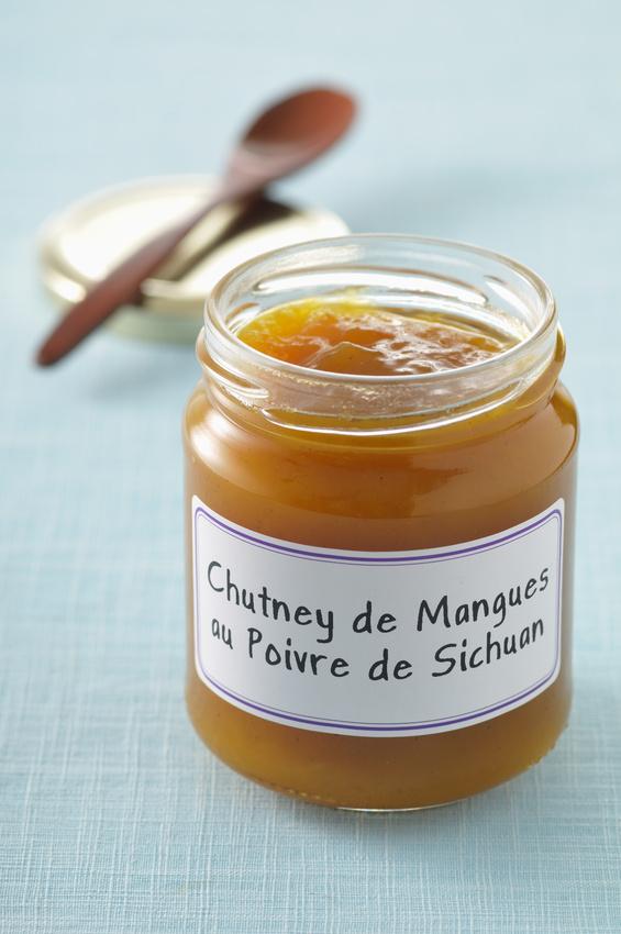 Bocal de chutney de mangues au poivre de Séchuan