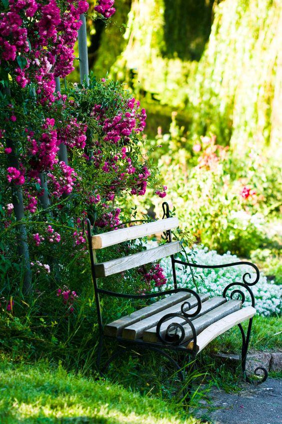 Romantische g rten gartenzauber for Ideas para decorar el jardin reciclando