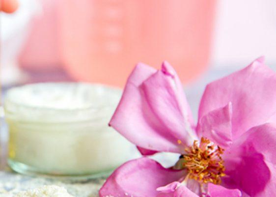 Duschcreme mit Rosenblüten und Bergamotte
